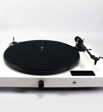 image d'une platine vinyle project jukebox e blanche