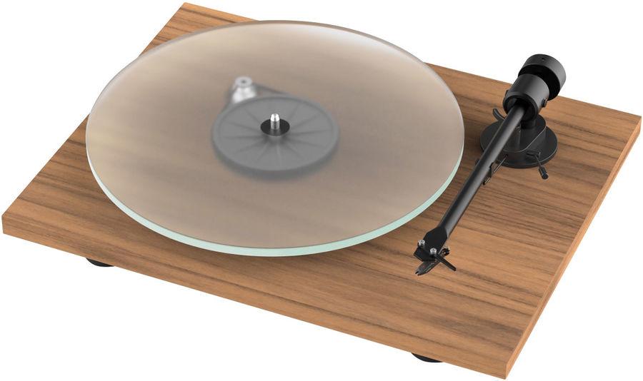 image d'une platine vinyle project om 5e noyer