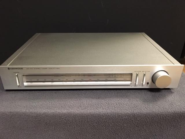 Image d'un tuner kenwood modèle kt-60L révisé et nettoyé